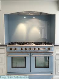 White Kitchen Uk Turquoise Coloured Glass Splashback In A White Kitchen Visit