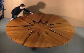 expanding round table gif