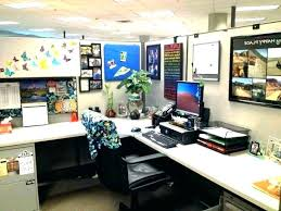 Office decoration themes Creative Office Decoration Cube Ideas Cubicle Holiday Decorating Themes By Handicraft For Blissfilmnightco Office Decoration Cube Ideas Cubicle Holiday Decorating Themes By