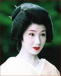 typical geisha hairstyle