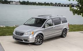2018 chrysler town and country van.  2018 as chrysler celebrates its 90th anniversary announced plans to rework  current fleet and add new models which will include the brandu0027s first plugin  in 2018 chrysler town country van u