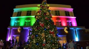 Venetian Gardens Leesburg Christmas Lights Light Up Events Parades Signal The Beginning Of The Holiday