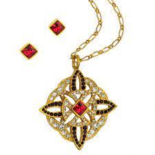 henry viii pendant and earring set