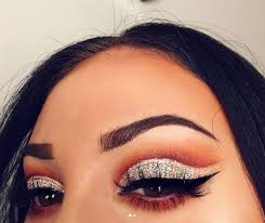 dramatic false eyelashes to truly create the new year s eve glamour factor finish off with