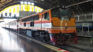 file hua lamphong railway station bangkok 12250463656 jpg