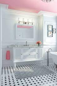 decorate with pink in the bathroom