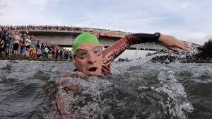Both the current men's and women's records were set there. Challenge Roth 2019 Papa Kann Keinen Endspurt Mehr Ein Langdistanz Triathlon Als Insider Reportage Youtube