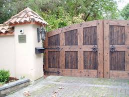 swg15 double swing custom wood gate with decorative hardware