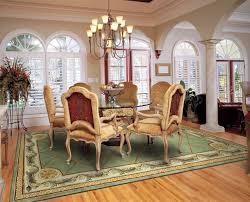 what size rug do i need for my dining room