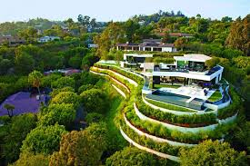 Small Picture Top 10 Most Amazing Houses with Garden Presented on Designrulz
