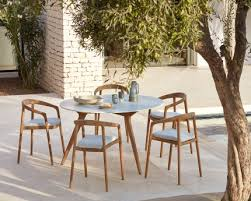 manutti chairs torsa dining table
