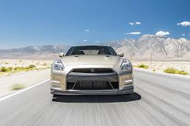 2016 nissan gt r. 2016 nissan gt r 45th anniversary front view in motion gt o