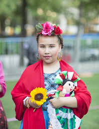 colorful and vibrant each frida kahlo costume emulated the artist s recognizable look