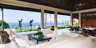 5 Beautiful Indoor Outdoor Living Spaces