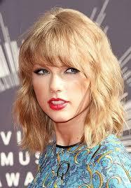 أفضل قصات الشعر التي تتناسب مع الوجه الدائري من جميلات هوليوود