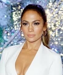 definitive proof that jennifer lopez is aging backwards