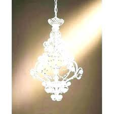battery operated chandelier powered great mini chandeliers for home designing inspiration with bulbs