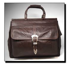 ropin west leather handtooled carry on dj 823
