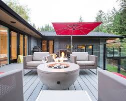 Example of a large trendy balcony design in Vancouver