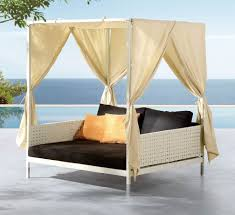 Bedroom:Unqiue Round Outdoor Bed Swing With Rattan Canopy Decorating Ideas  Beautiful Outdoor Bed With