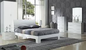 Theme your furniture with white high gloss bedroom furniture ...