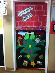 grinch christmas door decorating ideas. Delighful Ideas Grinch Door For Christmas  To Christmas Door Decorating Ideas Pinterest