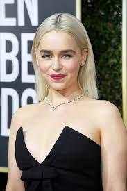 Welcome to emilia clarke daily your online source for all things british actress emilia clarke. Emilia Clarke Starportrat News Bilder Gala De