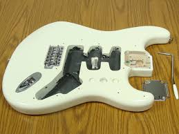 lowest price fender genuine bodies and necks stratocaster description official fender deluxe lonestar stratocaster body complete hardware alder 5 lbs 6 oz includes all original vintage synchronized