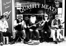 I'm listening now to you now, live, singing before a hundred whiskey kegs in dingle. The Irish Trad Session Explained Mcneela Music