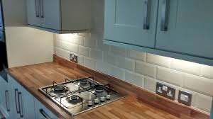 Cream Gloss Kitchen Tile Metro Cream Wall Tile Metro Wall Tiles From Tile Mountain