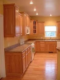 paint color with golden oak cabinets. wood flooring that looks good with golden oak cabinets - bing images paint color s