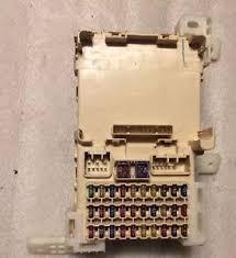 toyota avalon fuse box interior relay 00 01 02 image is loading toyota avalon fuse box interior relay 00 01