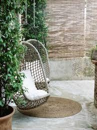 a round natural fiber rug at