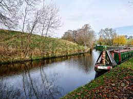 Salterforth England . The Leeds Liverpool Canal At Salterforth.. Stock  Photo, Picture And Royalty Free Image. Image 91154353.