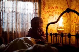 13 <b>Horror Movies</b> That Take Place on <b>Halloween</b>   Den of Geek