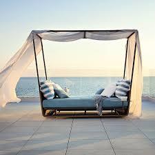 Roberto, Portofino, Canopy, Outdoor, Daybed - HomeInfatuation.com.