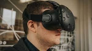 Mở hộp kính thực tế ảo HTC Vive
