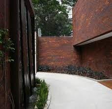 Entretanto, residências com tijolos na fachada ou em ambientes internos são atemporais e sempre se destacarão em&nbs. Tijolo Aparente Na Fachada Duvida De Lucia Viana Hardecor