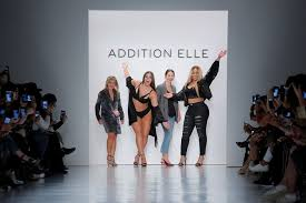 Curves new york Riding Addition Elle Vp Of Marketing And Visual Presentation Roslyn Griner Model Ashley Graham Addition Star Model Ashley Graham Celebrates Sexy Curves On Ny Runway Life
