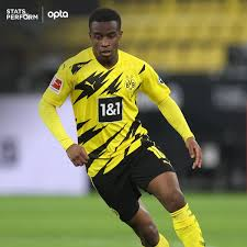 It has also been split into two stages: Optafranz On Twitter 1 Youssoufa Moukoko Scores His 1st Bundesliga En Goal At The Age Of 16y 28d He Becomes The Youngest Goal Scorer In Bundesliga History Historic Fcubvb Https T Co N1zsilerge