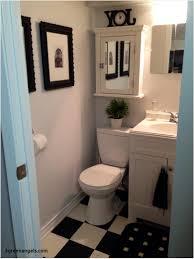 ideas for small bathrooms. Bathroom Wall Decorating Ideas Small Bathrooms For