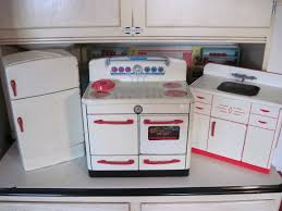 Retro Play Kitchen Set Antique American Toy Kitchens By Tracy Harnish Dolls Houses