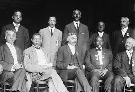 national negro business league executive committee of the national negro business league c 1910 nnbl founder booker t washington 1856 1915 is seated second from the left