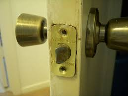 how to remove and replace a weslock doorknob