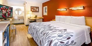 red roof inn pensacola west florida hospital king room