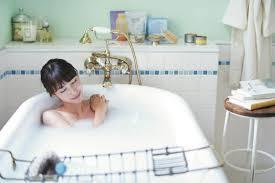 妊活中のお風呂】シャワーじゃ足りない!? ベストな入浴法をマスターしましょう   赤ちゃんが欲しい(あかほし)妊活webマガジン