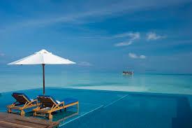 infinity pools. Rangali Island Infinity Pool 25 Stunning Pools Around The World C