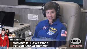 Astronaut Wendy Lawrence – full interview – Rover's Morning Glory