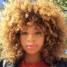 curly s to follow on insram best curly hair insram inspiration vogue
