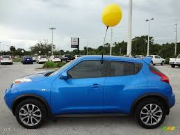 nissan juke electric blue. Brilliant Blue Electric Blue 2011 Nissan Juke SL Exterior Photo 69589377 With C